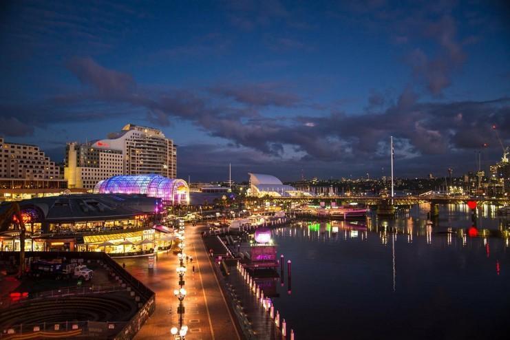 Circular Quay em Sydney à noite