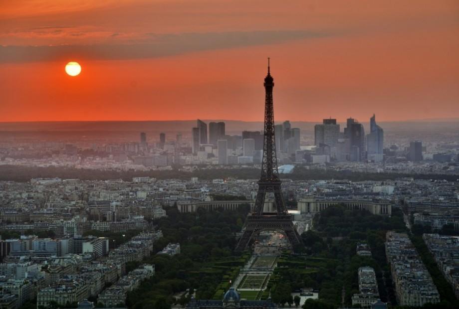 Torre Eiffel e o pôr do sol de Paris