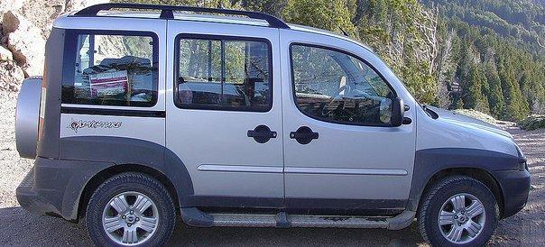 Minivans: Conforto para famílias e grupos