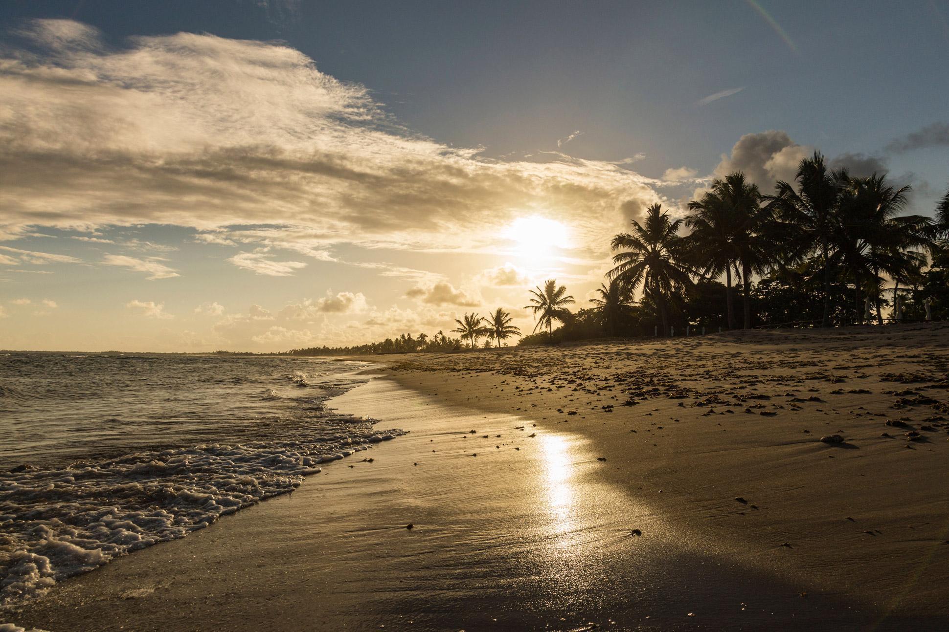 praia do forte na estrada do coco bahia
