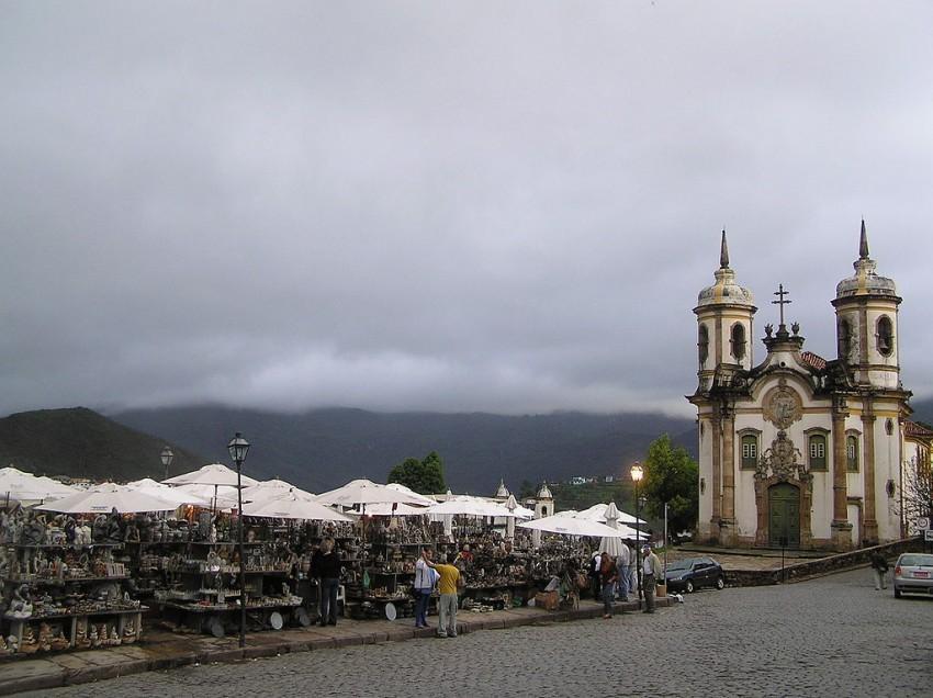 Feirinha em cidade histórica de Minas Gerais