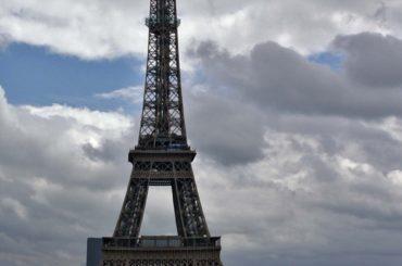 Roteiro romântico em Paris
