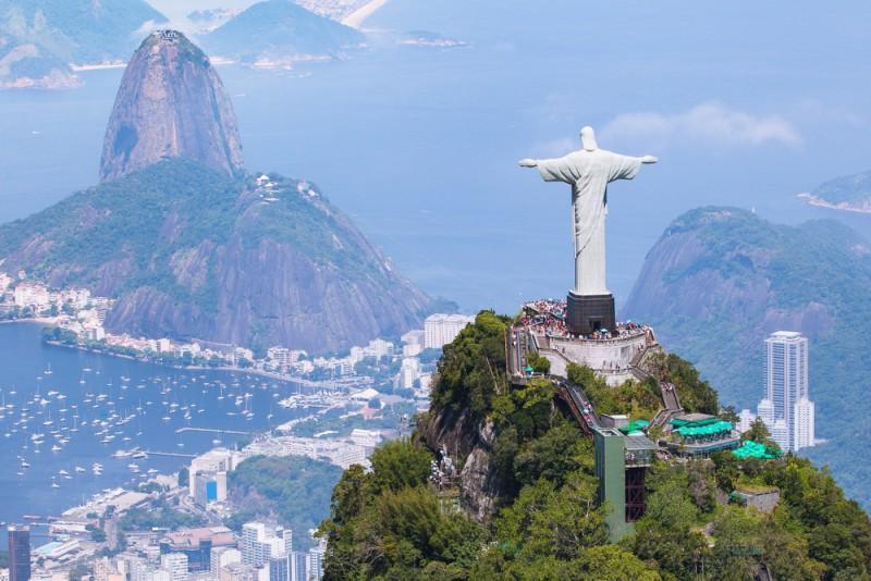 Vista aérea do Cristo Redentor no Rio de Janeiro