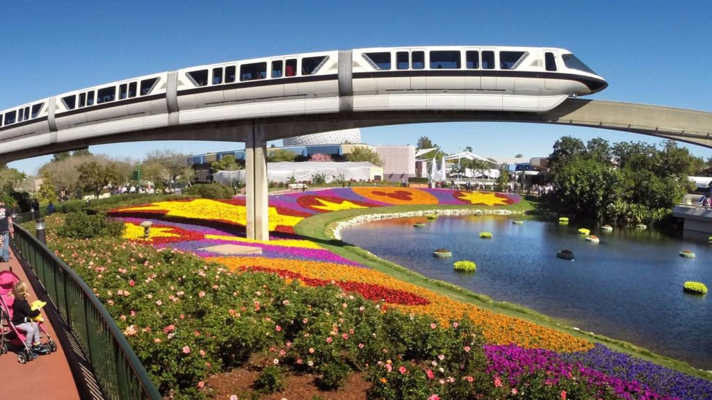 O Monorail da Disney - (c) Joe Burbank Orlando Sentinel