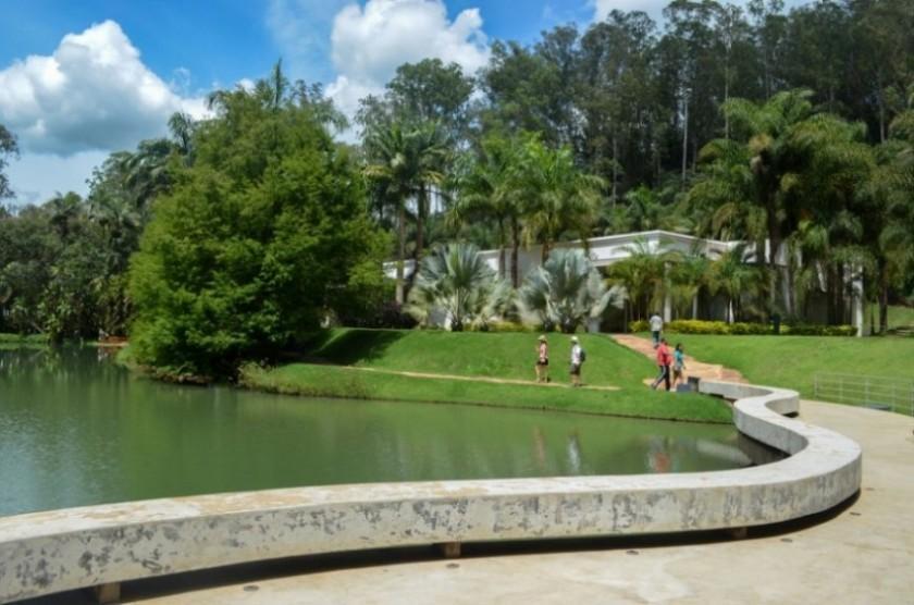 Instituto Inhotim em Minas Gerais