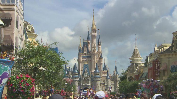 Magic Kingdom e o castelo da Cinderela. Foto: Ana Novais
