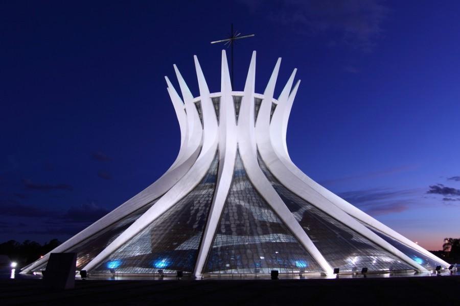 Catedral de Brasília à noite