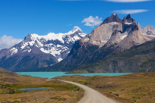 Estrada de terra em Torres del Paine.