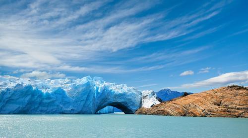 Ponte de gelo na geleira de Perito Moreno, na Patagônia Argentina.
