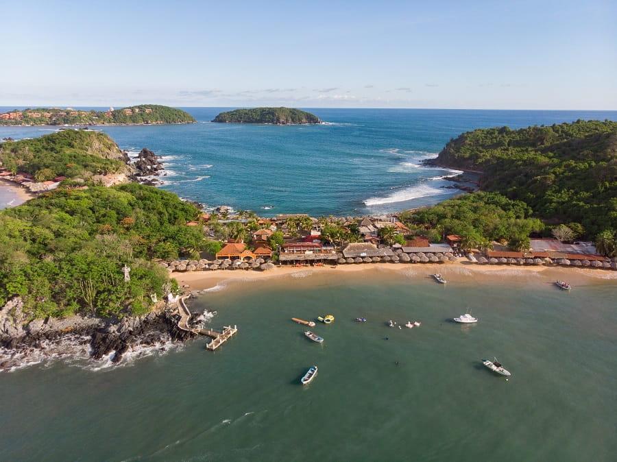 vista aerea de la isla de ixtapa