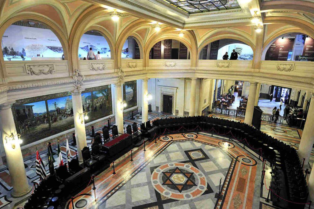 Salão principal do Museu do Café em Santos, São Paulo