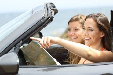 edad mínima rentar auto mujeres jovenes manejadno