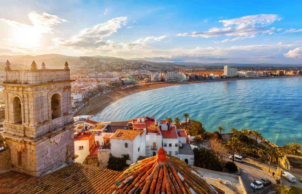 Vista aérea do mar mediterrâneo em Valencia, Espanha