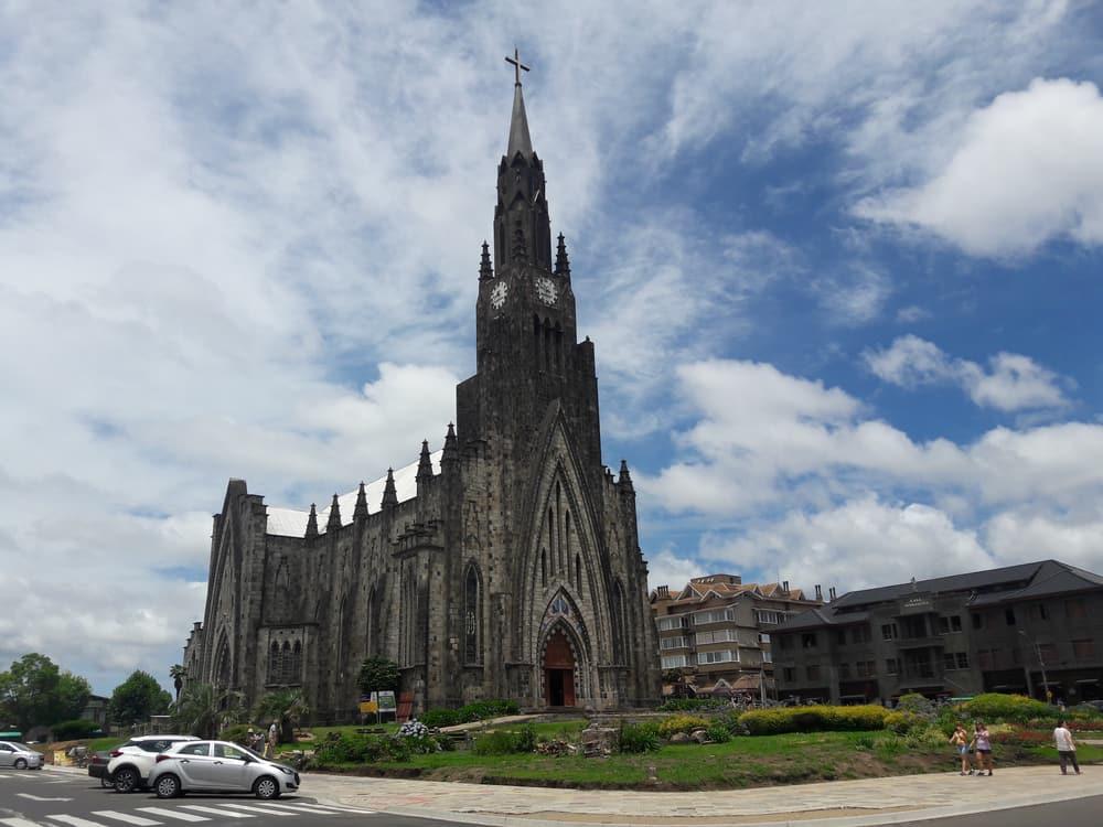 catedral de pedra em canela rs