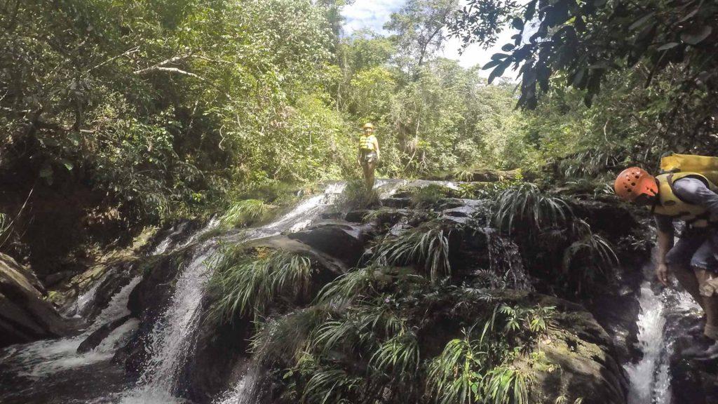 parte da trilha aquática 17 travessias em rio da conceição