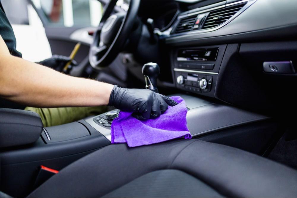 limpeza de carros alugados