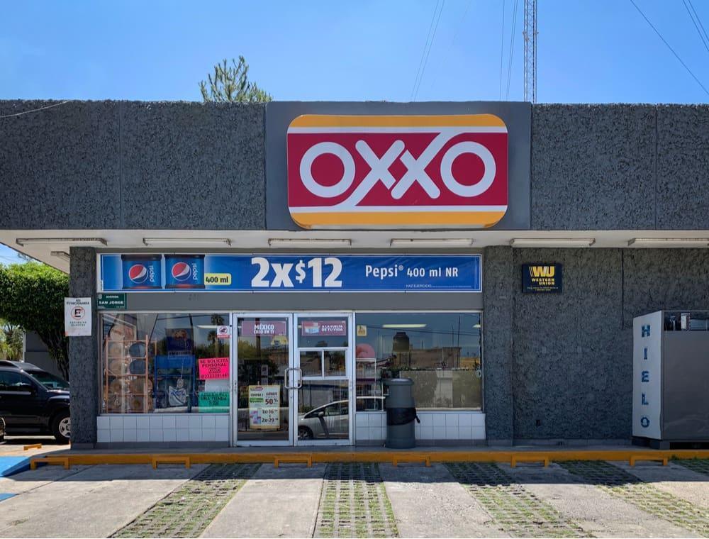 loja de conveniência oxxo no méxico